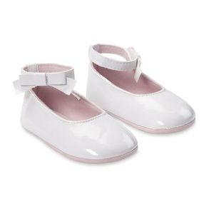 Other - Baby girl white flats